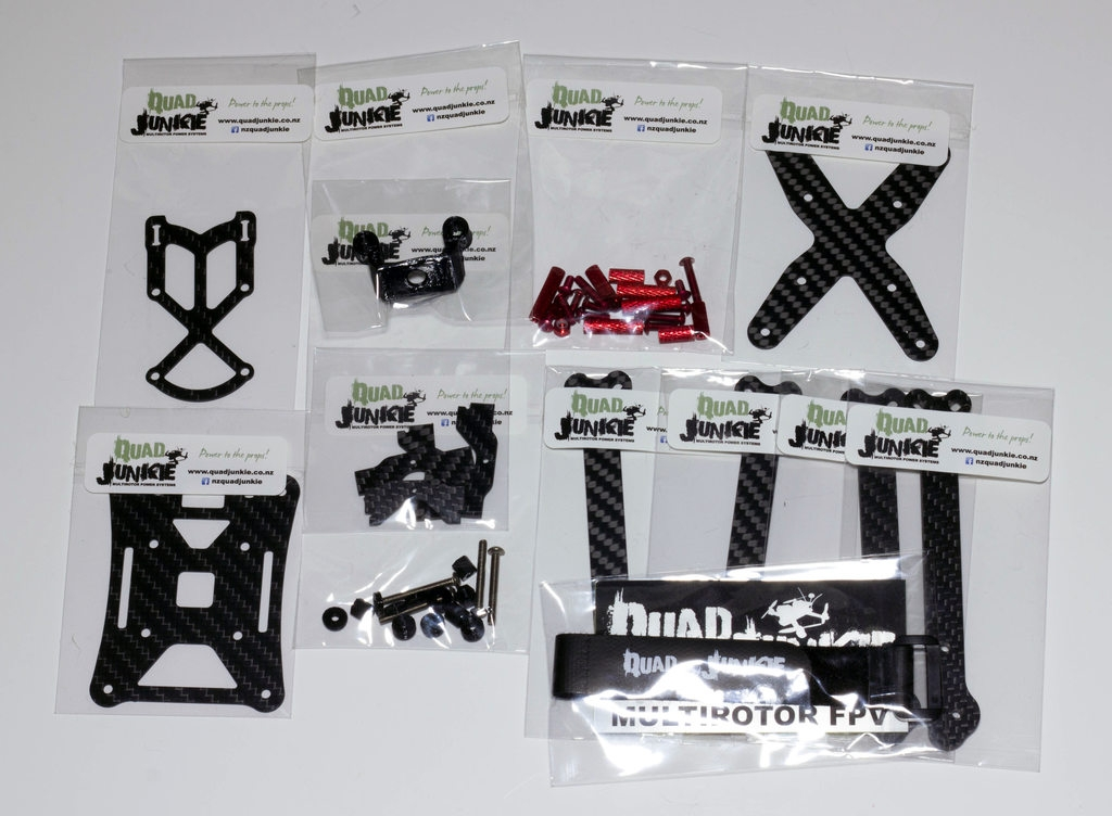 Overview of all the parts in their bags